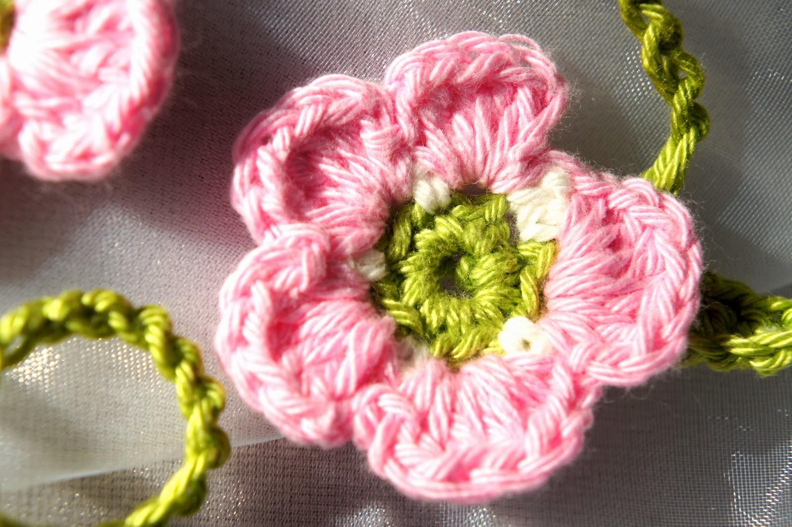 Strickenhäkelnnähen Häkeln Blumen