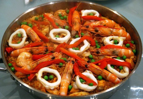 Delicious seafood paella