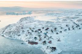 7 Desa Ini Tersembunyi di Tempat yang Sangat Sulit Dibayangkan, Salah Satunya Ada di Kawah Gunung Berapi