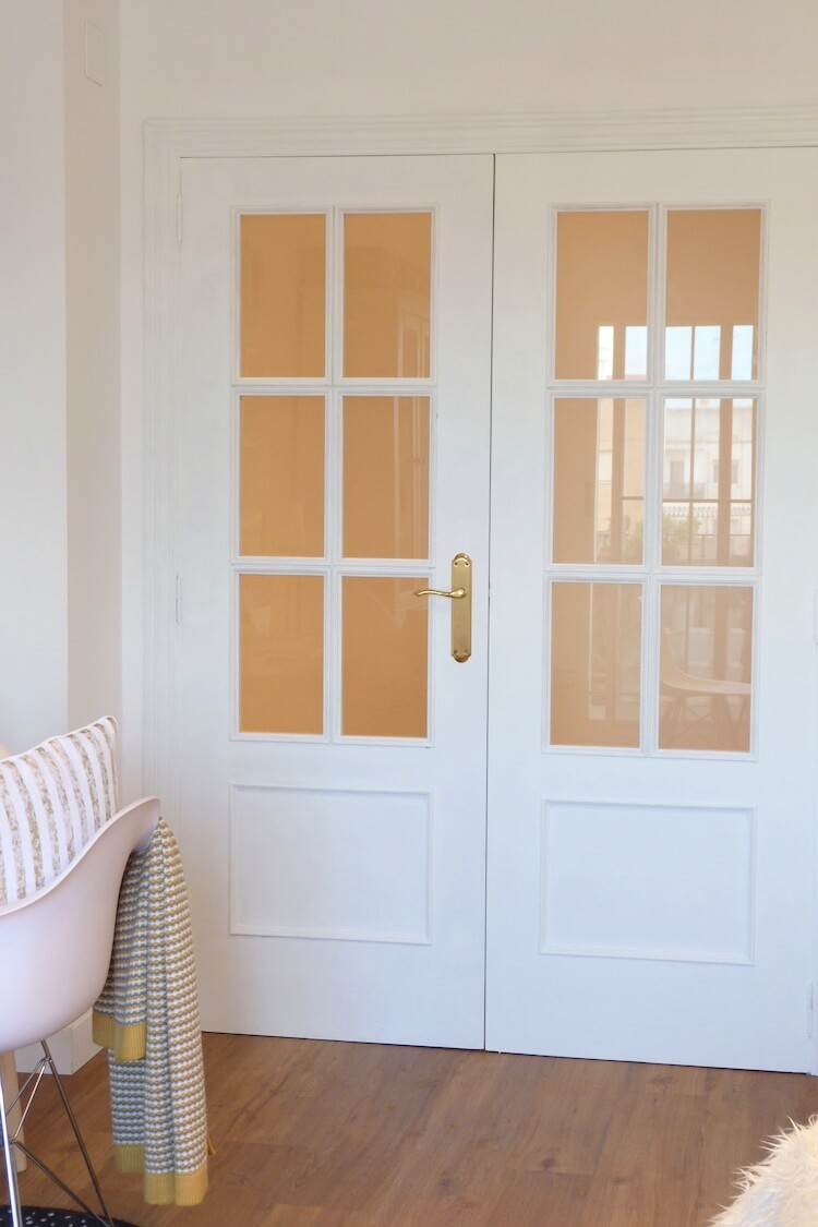 Puertas para pintar cmo pintar las puertas de tu hogar for Colores para pintar puertas de madera
