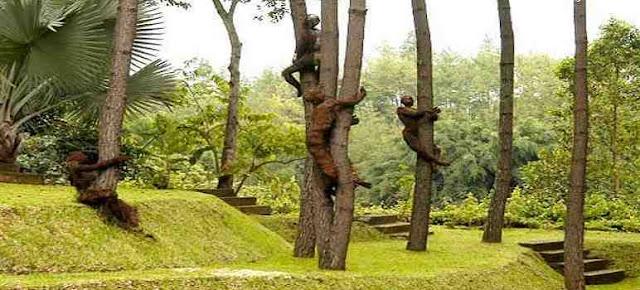Beerbagai macam bentuk Ekspresi di NuArt Sculpture Park