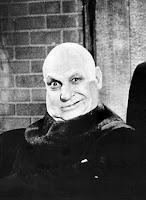 Fotografía de Uncle Fester en la familia Addams, interpretado por Jackie Coogan