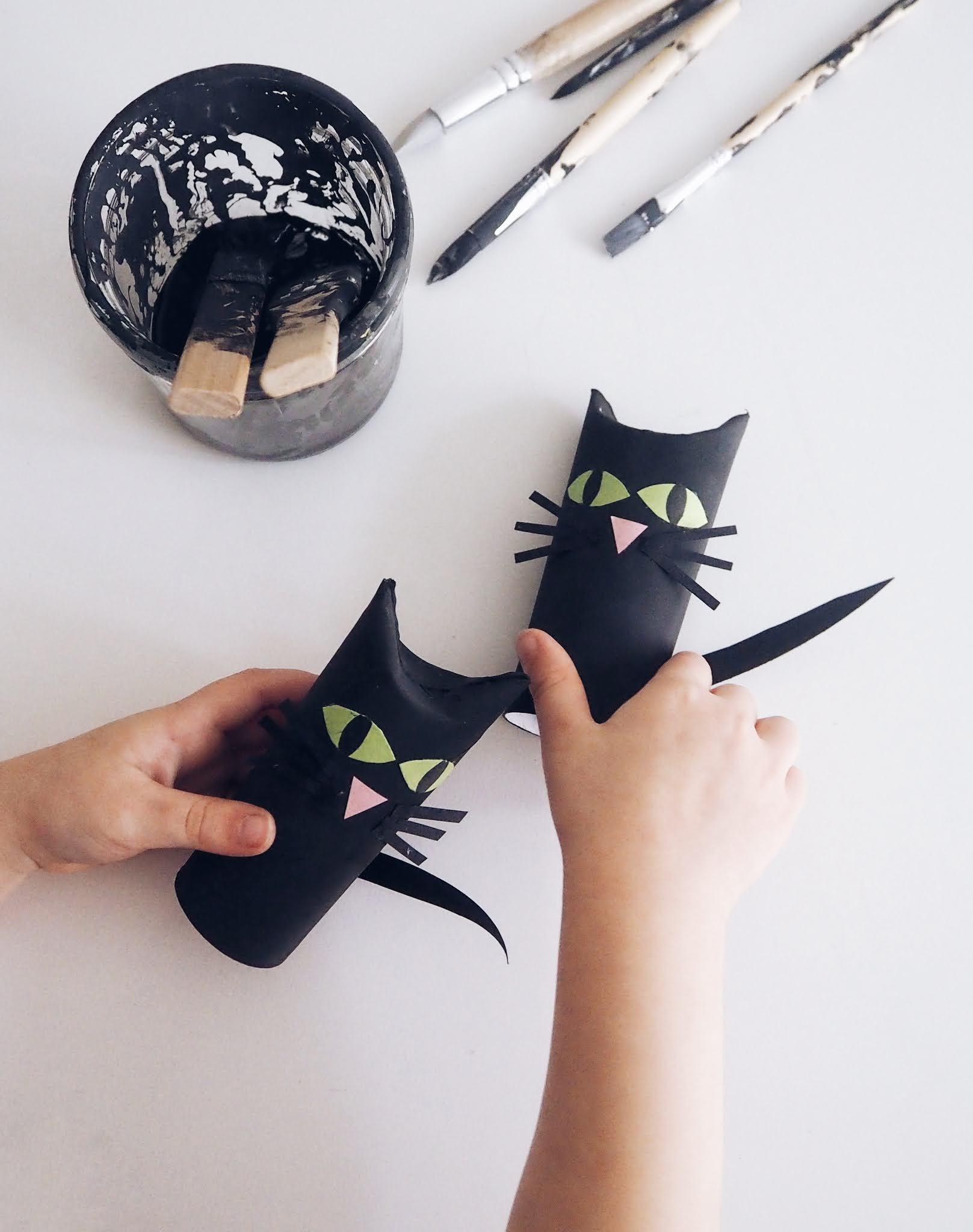 Halloween Craft - Toilet Tube Black Cat
