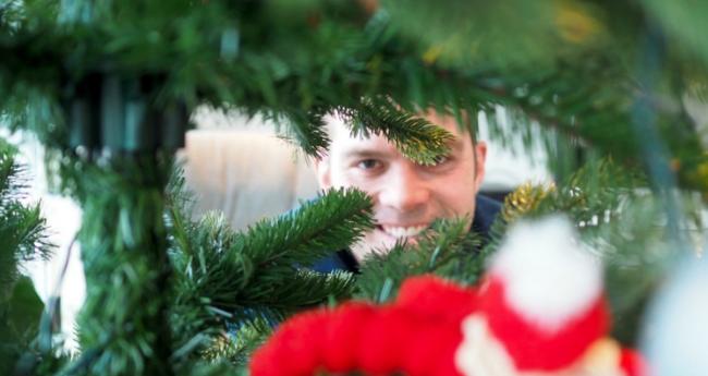 Dekorere til jul: Hvorfor du bør gjøre det til en familie begivenhet