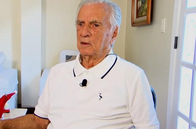 Com quase 100 anos, Orlando Drummond Ganha Biografia