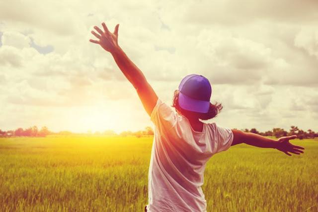 10 Manfaat Sinar Matahari Pagi Bagi Kesehatan Tubuh