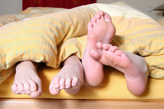 Dvojice v posteli