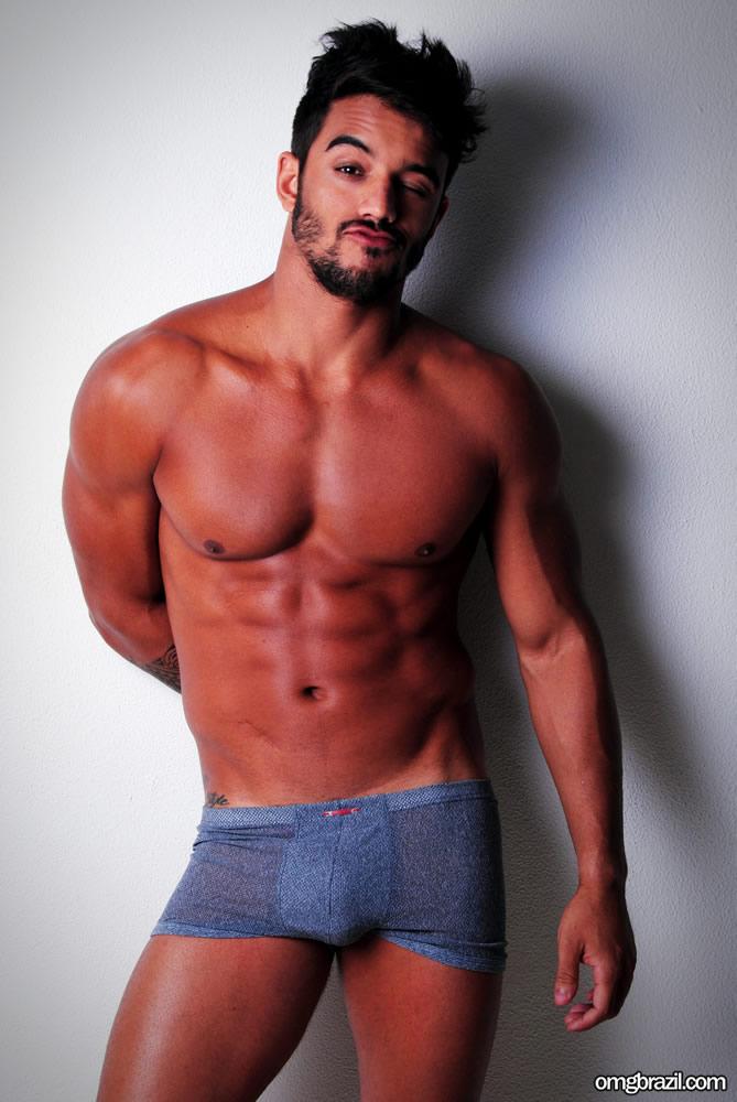 Ex-BBB André Coelho pelado (5)