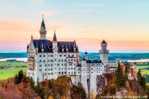 Kastil Neuschwanstein Catle di Jerman