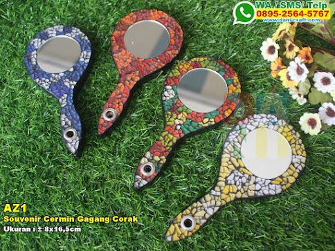 Souvenir Cermin Gagang Corak