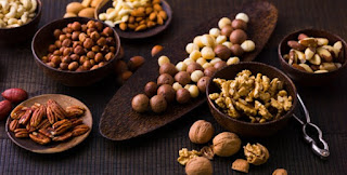 Why People Who Eat Nuts Gain Less Weight