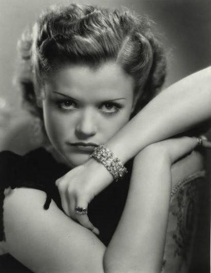 My Love Of Old Hollywood Simone Simon 1910 2005