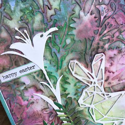 Sara Emily Barker https://sarascloset1.blogspot.com/2019/04/easter-card-with-tim-holtz-oxide-sprays.html Mixed Media Easter Card #oxidesprays #organic #geospringtime #wildflowerstems (3)