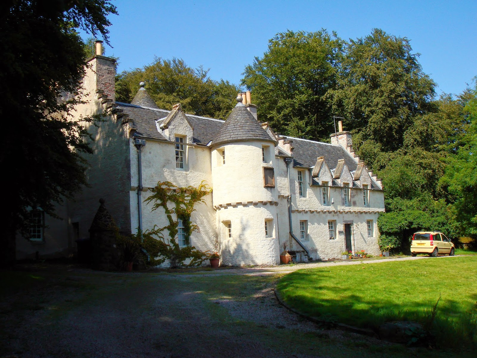 House Built Into Hill >> Cycling Meditations: The Country Houses of Renfrewshire ...