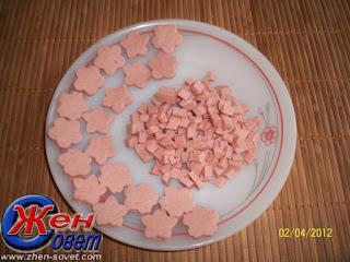 """http://eda.parafraz.space/ Пасха, блюда пасхальные, пасхальные рецепты,пасхальный стол, яйца, яйца пасхальные, яйца заливные, блюда желированные, желатин, закуски желированные, заливное, яйца заливные Яйца """"Фаберже""""заливные яйца фаберже рецепт с фото, заливные яйца в яичной скорлупе, как приготовить закуску яйца фаберже, как приготовить заливные яйца в яичной скорлупе, заливные яйца пошаговый рецепт, рецепт заливных яиц к Пасхе, как приготовить заливные пасхальные яйца, закуски на пасху, заливное на пасху, оригинальные заливные блюда, яйца с начинкой, холодные закуски с желе, Рецепты заливных яиц, Заливные яйца к пасхальному столу, , Заливные яйца — праздничная закуска, Заливное «Яйца Фаберже», Заливные «Яйца Фаберже» с креветками, Заливные «Яйца Фаберже» с помидорами, Заливные «Яйца Фаберже» со свининой, http://eda.parafraz.space/ Пасха, блюда пасхальные, пасхальные рецепты, пасхальный стол, яйца, яйца пасхальные, яйца заливные, блюда желированные, желатин, закуски желированные, заливное, яйца заливные Яйца """"Фаберже"""", закуска с желе http://eda.parafraz.space/ Пасха, блюда пасхальные, пасхальные рецепты,пасхальный стол, яйца, яйца пасхальные, яйца заливные, блюда желированные, желатин, закуски желированные, заливное, яйца заливные Яйца """"Фаберже"""", закуска с желе, закуска с желе"""