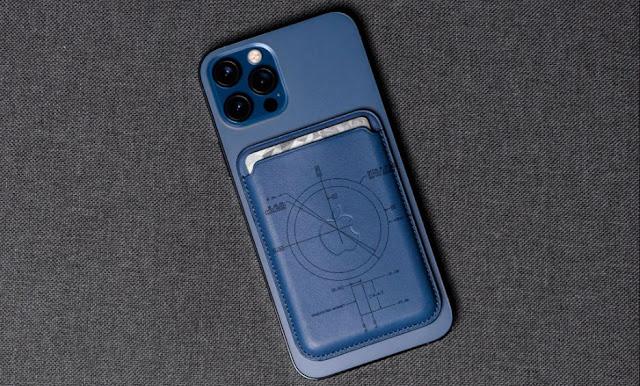 bagian belakang iPhone 12