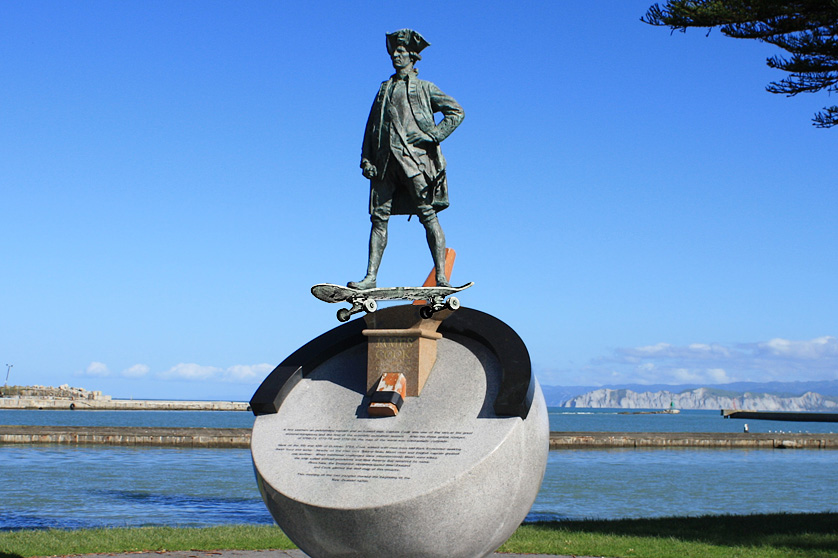 Monument in Gisborne to Captain Cook: New Zealand's first skateboarder?