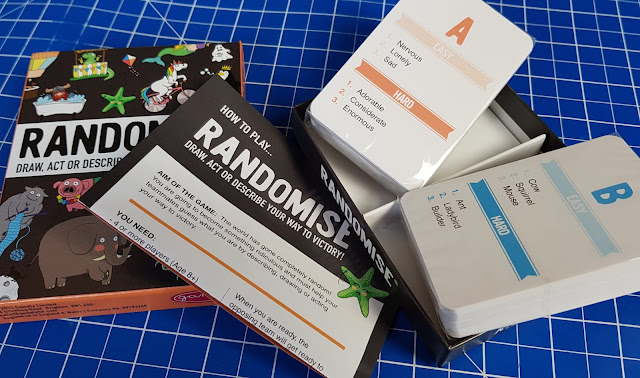 Randomise Party Game  review for Gamely Games box contents