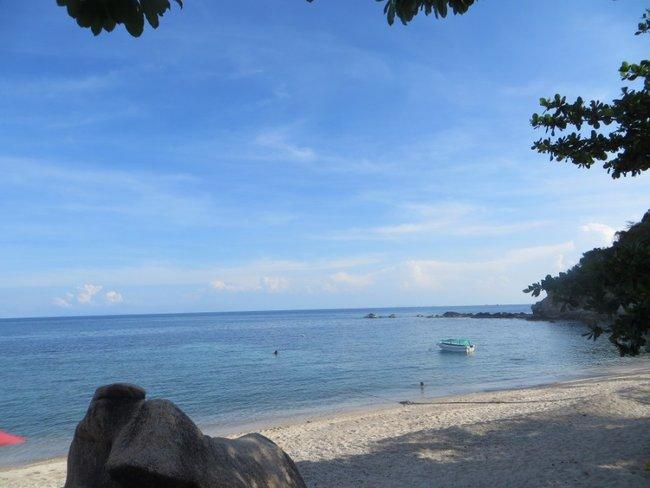 Красивый пляж на Тао