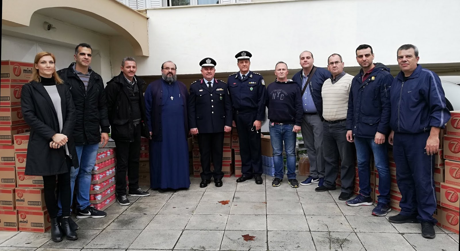 Κοινωνικές δράσεις της Γενικής Περιφερειακής Αστυνομικής Διεύθυνσης Θεσσαλίας στο πλαίσιο των εορτών των Χριστουγέννων και του Νέου Έτους