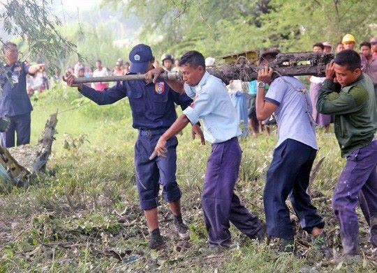 Lực lượng cứu hộ tại hiện trường