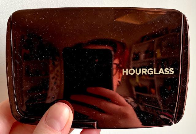 Hourglass Illume palette