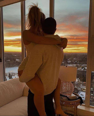 hug day couple goals 2021