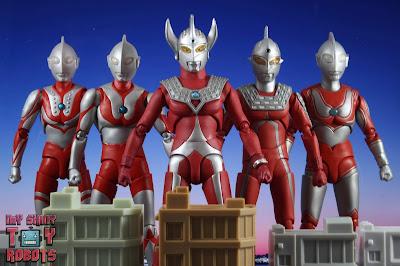 S.H. Figuarts Ultraman Taro 39