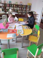 Знакомство с новинками бібліотека-філія №4 фото
