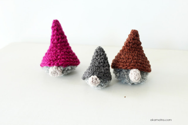 Crochet amigurumi gnomes - A free pattern and tutorial