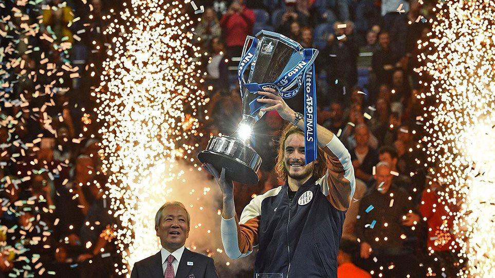 Στην κορυφή του παγκόσμιου τένις ο Τσιτσιπάς - Κέρδισε 2-1 τον Τιμ στο ATP Finals