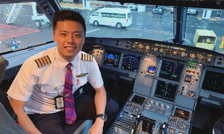 Fakta Vincent Raditya Pilot Profesional Sekaligus Youtuber