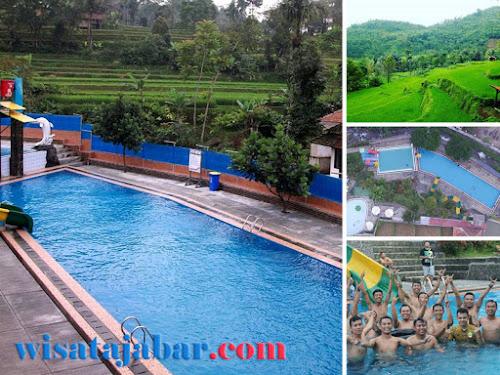 Wisata kolam renang Cihanjawar Purwakarta