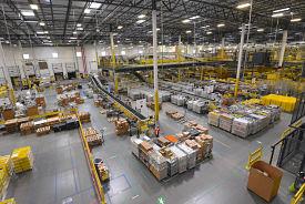 Where are amazon warehouse?