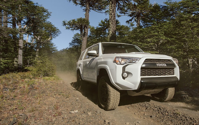 2017 Toyota 4Runner Redesign and Review