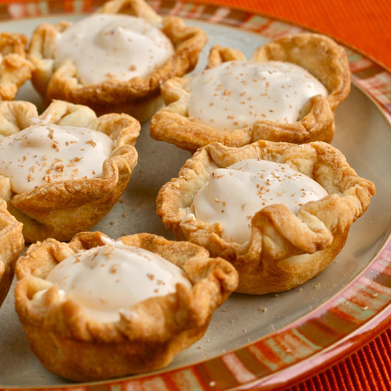Y Is For: YUMMMMMMM {Caramel Apple Pie Pudding Shots}
