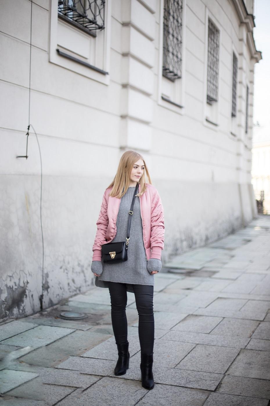 bomber jacket,
