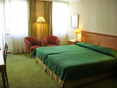 Hbitacion Hotel Orquidea, Funchal, Madeira, Portugal, La vuelta al mundo de Asun y Ricardo, round the world, mundoporlibre.com