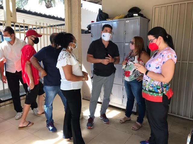 Deputado Jorge Vianna visita unidades de saúde de diversas cidades do DF