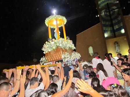 Que felicidade: a tradição continua. Salve, a Padroeira de Barras do Marataoã!