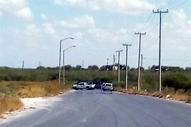 Seis pistoleros abatidos en persecución de policías estatales y un grupo armado por el Viaducto de Reynosa 7243818