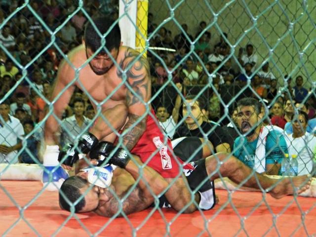 Náuas Combat Rio fecha card com luta principal do Negão da Borracharia