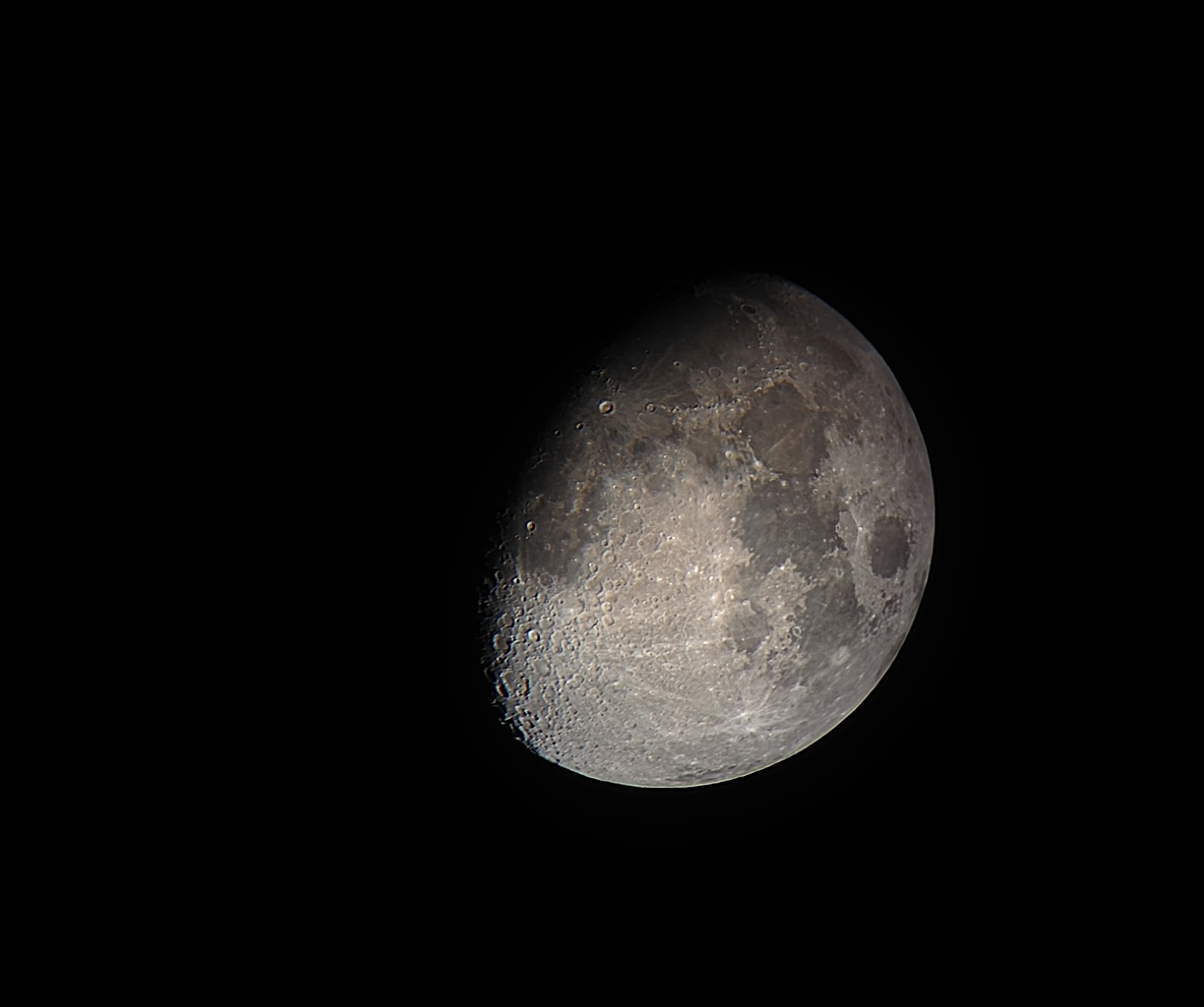 moon with iphone