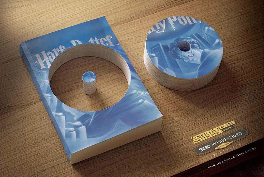 Книга з вирізом у формі СД-диска