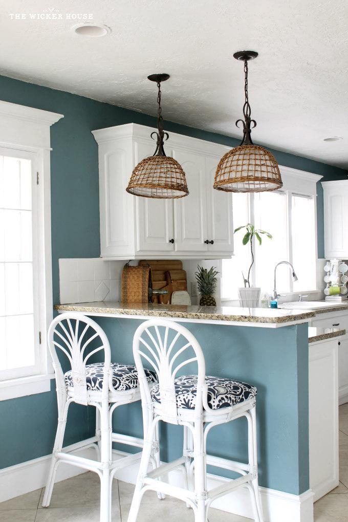 9 calming paint colors for Nice kitchen paint colors