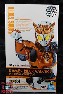 S.H. Figuarts Kamen Rider Valkyrie Rushing Cheetah Box 01
