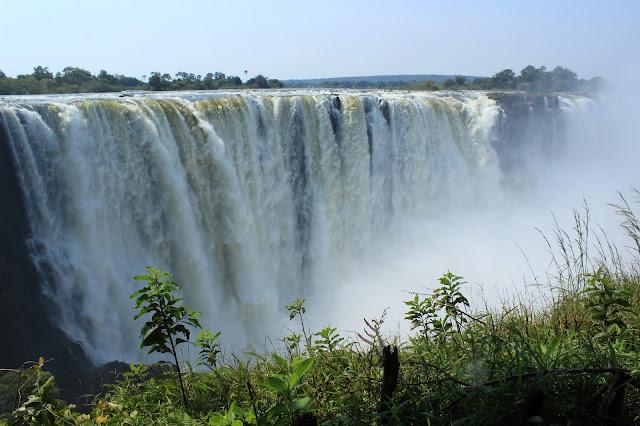 "IN THE VICTORIA WATER IN ZAMBIA IN THE MOONIGHT OF THE RAINBOW ""blogspot.com"" ile ilgili görsel sonucu"