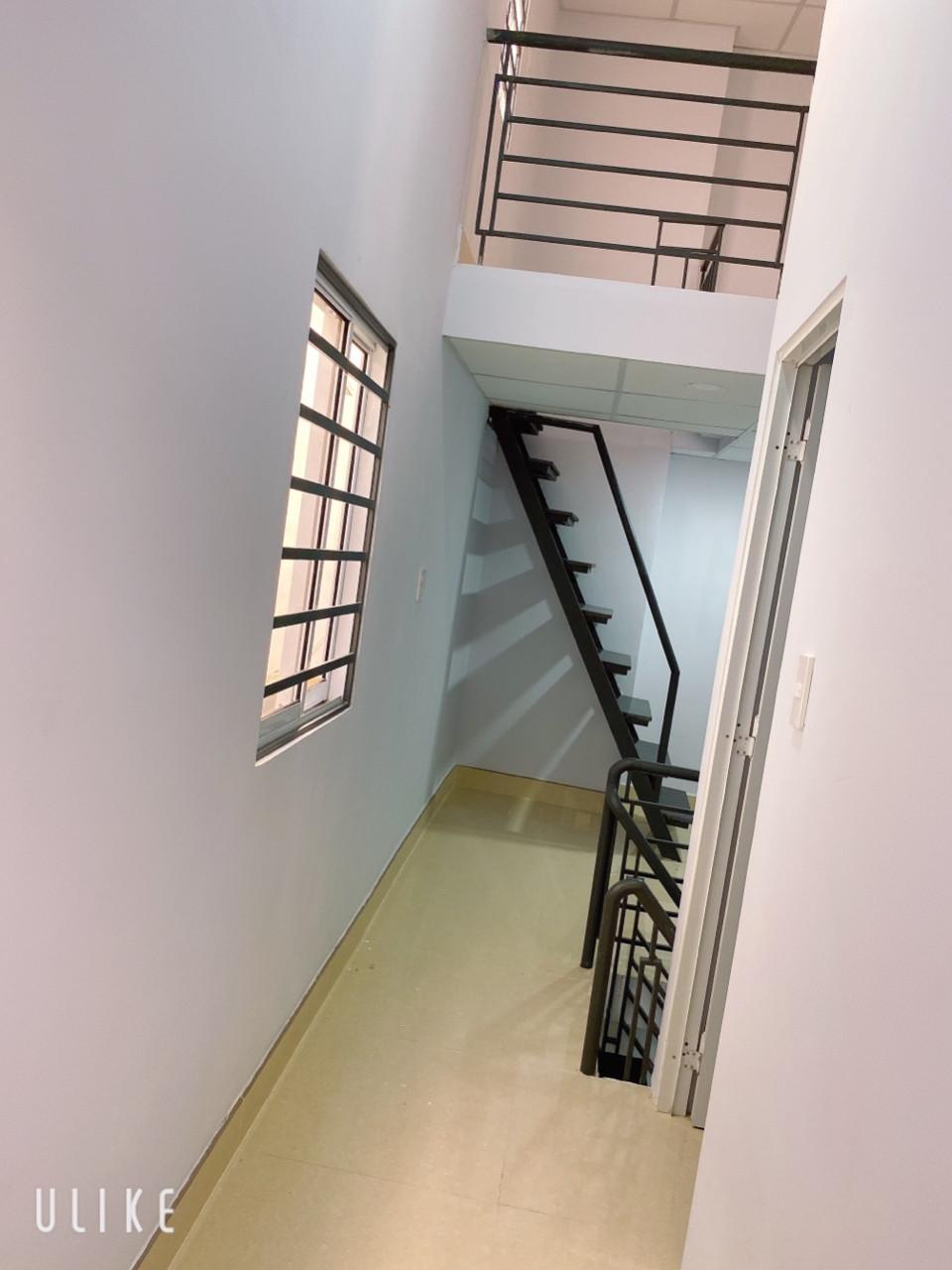 Bán nhà hẻm 724 Phạm Thế Hiển phường 4 Quận 8, cách Quận 5 chỉ 3 phút