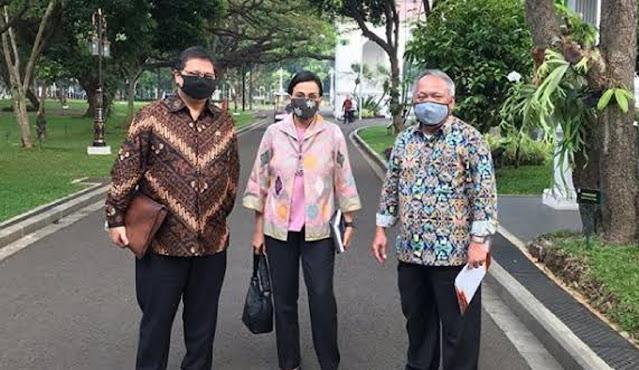 Anggota DPR RI Fadli Zon melontarkan sentilan keras kepada Menteri Keuangan Sri Mulyani.