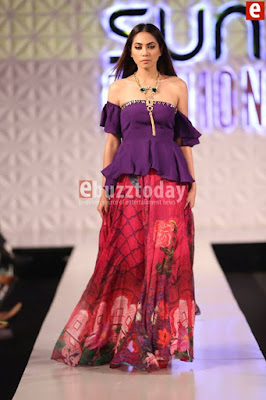 So-kamal-collection-2017-at-pfdc-sunsilk-fashion-week-8